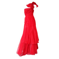 Valentino - VALENTINO RUNWAY 'LADY IN RED' 1 SHOULDER BOW GOWN
