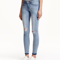 H&M Skinny Low Ankle Jeans $24.99