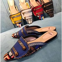 Fendi Fashion Slippers and Sandals-3