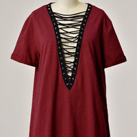 Holly Plunging V-Neck Lace Up T-Shirt Dress - Burgundy