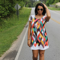 That Magical Feeling Geometric T-Shirt Dress: Multi