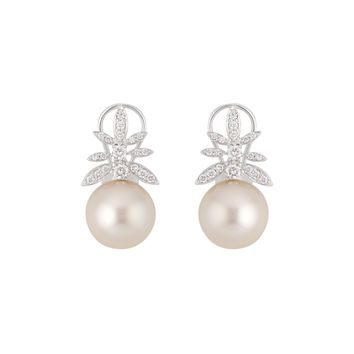 Gala Earrings in White Gold with Diamonds and Pearl