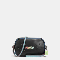 Crossbody Clutch in Glovetanned Leather With Space Embellishment