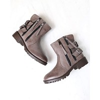 A Hunter's Game Biker Boots in Taupe
