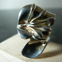 SALE Vintage Silver Flower Wrap Ring by FourSailAccessories