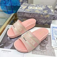 Christian Dior hot sale pattern embroidery letters ladies casual sandals beach slippers Pink