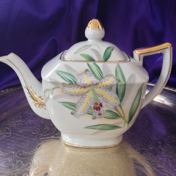 UCAGCO Teapot, Hand Painted Orchid Design, Pink Spotted Orchid, Vintage Japan Teapot, 1950s, 60s