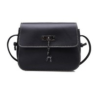 Charming Crossbody Ladies Hand Bag
