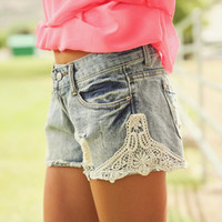 Lace Distresssed Shorts