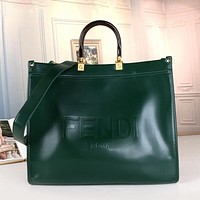Fendi FF Hot Selling Classic Tote Bag Handbag Fashion Solid Color Ladies One Shoulder Messenger Bag