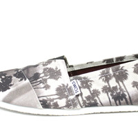 Toms Men's Classic Black Palm Trees Hawaii Casual Shoes