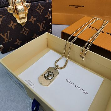 lv louis vuitton woman fashion accessories fine jewelry ring chain necklace earrings 119