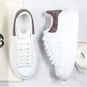 Alexander McQueen fashion men's and women's casual low-top sneakers new white shoes 1