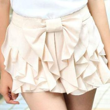 Ruffles Shorts With Bow Tie In Beige from Bblythe