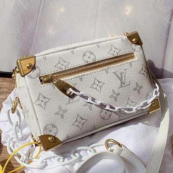 Louis Vuitton LV Fashion Vintage Ladies Chain Small Square Bag Printed Letter Diagonal Bag Small Box