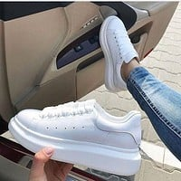 ALEXANDER MCQUEEN Hot Sale Woman Casual Sneakers Sport Shoes(Leather Tail) Full White