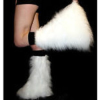 WHITE FLUFFY FURRY  BOOT COVERS LEGWARMER PARTY  RAVE CHRISTMAS DANCE CLUBWEAR
