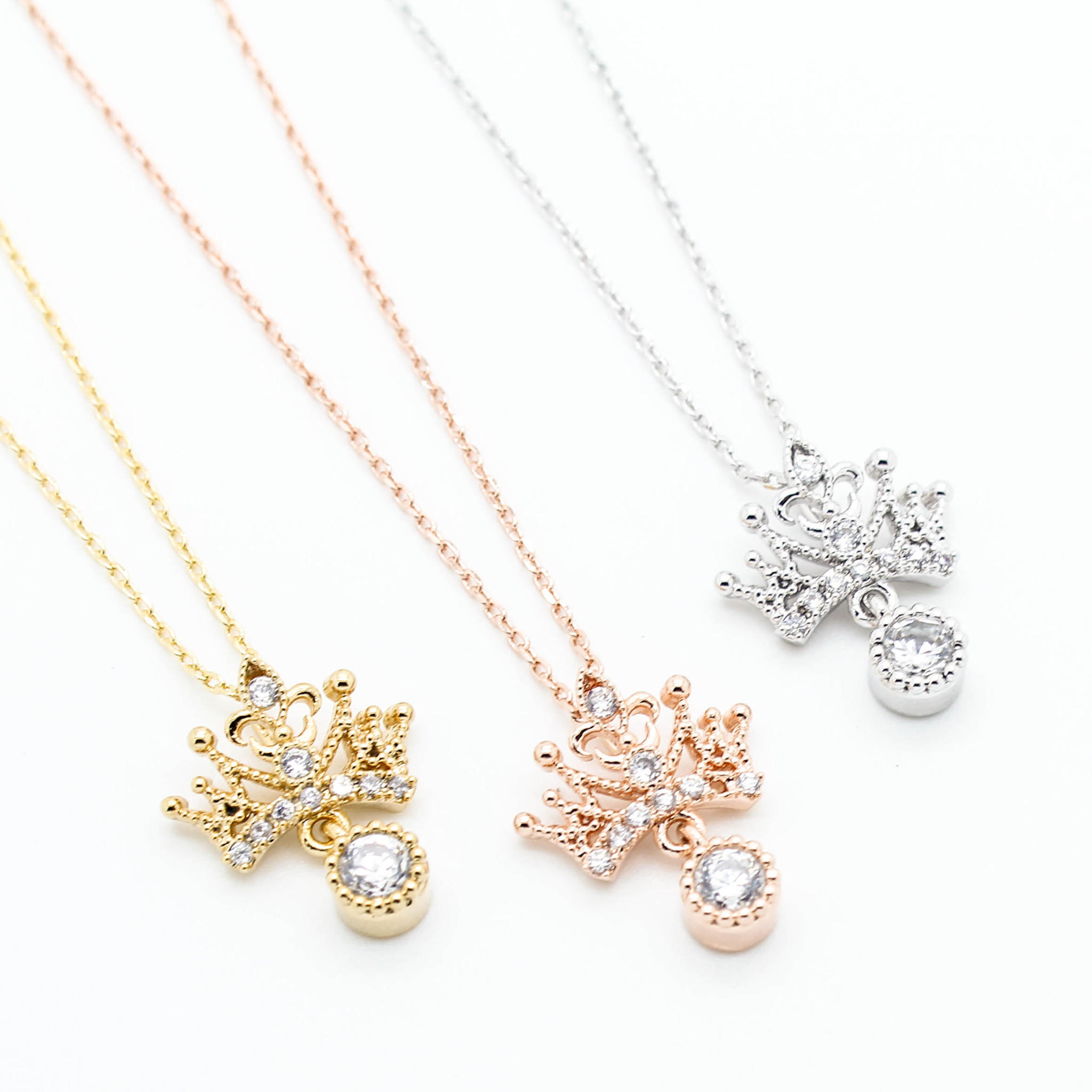 Image of Crown necklace