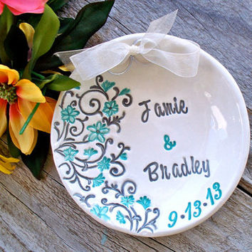 Spring Floral Style Custom Wedding Ring Bearer Bowl with Two Hearts, Personalized Wedding Keepsake, Ring Pillow,Ring Pillow Alternative, Wedding Ring Holder