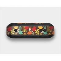 The Orange & Red Cute Vector Birds Skin Set for the Beats Pill Plus