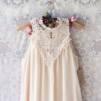 Meadow Sage Dress in Cream