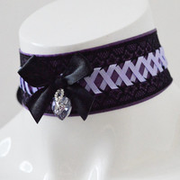 Gothic choker - Crystal of light - purple and black laced collar with crystal heart - cosplay larp con goth pastel lady costume - kittenplay