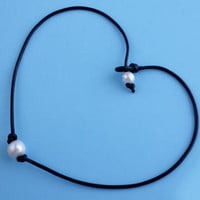 Simple Fashion Pearl Pendant Leather Rope Choker ZXXL7130