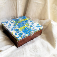 Tea box with wonderful blue nots 9 compartments elegant gift idea for her