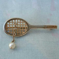 AVON Tennis Racquet with Pearl Brooch Pin Racket Vintage Sports Jewelry