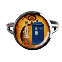 Dr Who Inspired Tardis Ring - Time Lord & Pocket Watch - Public Police Box Jewelry - Geeky WhovianH