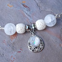 White Aromatherapy Necklace Essential Oil Diffuser Necklace