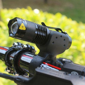 2000 Lumen Mini LED Torch Light with Bicycle Mount