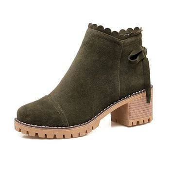 Round Toe Suede Ankle Boots Low Heel Women Shoes 76056112