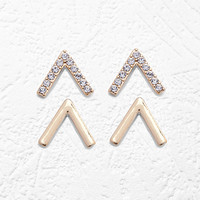V-Shaped Stud Set