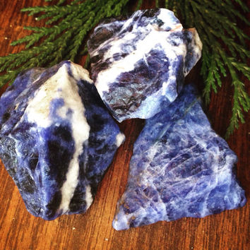 Raw Sodalite Crystal Healing Crystals and Stones Rough Crystal Raw Stone Bohemian Decor Alter Crystal Tarot Yoga Stone Heal Crystal Stone