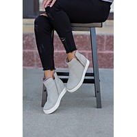 Yeet Zip-Up Wedge Sneakers : Grey