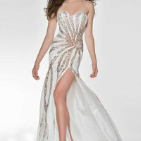 Nina Canacci JA9001 at Prom Dress Shop