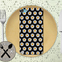 Daisy Flower Pattern Black Cute Tumblr Custom Rubber Case iPod 5th Generation and Plastic Case For The iPod 4th Generation