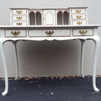 Vintage French Provincial Desk with Removable Hutch