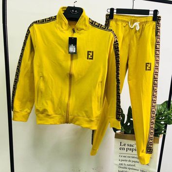 FENDI 2018 autumn new men and women models embroidery sports and leisure two-piece yellow
