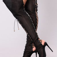 Azure Lace Up Heel Boot - Black