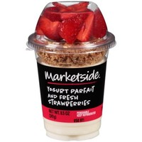 Marketside Yogurt Parfait and Fresh Strawberries, 8.5 oz - Walmart.com