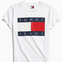Tommy Jeans For UO 90s Logo Tee - Urban Outfitters
