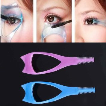 TOMTOSH Three in one cosmetic beauty beauty mascara applicator guide comb eyelash curler make-up tools make-up accessories