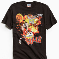 Junk Food Looney Tunes Chicago Bulls Tee - Urban Outfitters