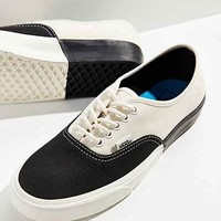 Vans Colorblocked Authentic Sneaker - Urban Outfitters