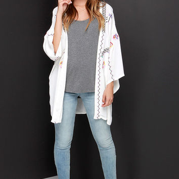 Moonglow Embroidered Ivory Kimono Top
