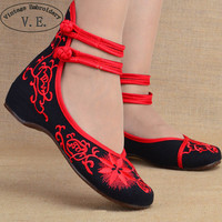 Fashion Women Shoes Old Beijing Mary Jane Flats Casual Shoes Chinese Embroidered Cloth Woman Ballerina Shoes Plus Size 41