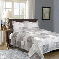 Providence Collection 3-Piece Quilt Set by Home Fashion Designs (King)