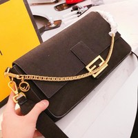 Fendi New fashion leather chain shoulder bag crossbody bag Black